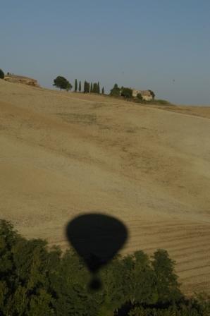 Balloning in Tuscany, 2004